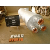 蒸気安全弁消音器の入口ノズル側