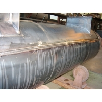 LNG配管用消音器の気密試験(長手溶接部)